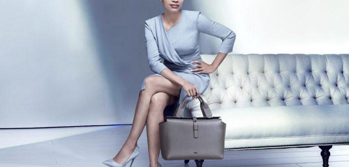 الممثلة Rosario Dawson نجمة الحملة الإعلانية لـ TUMI